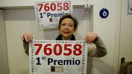 La due�a de la administraci�n coru�esa, Margarita Laguillo, explic� que en 2003 reparti� dos millones de euros y el a�o pasado, un d�a antes del sorteo de la Loter�a de Navidad, reparti� un mill�n de euros en una Bonoloto de seis aciertos. FOT�GRAFO: EDUARDO PEREZ