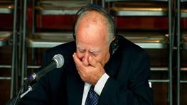 Las lágrimas de Apostolos Mangouras. El capitán del Prestige se emocionó al recordar cómo su familia había sufrido al ver en la televisión las imágenes del accidente del barco. FOTÓGRAFO: V TELEVISION