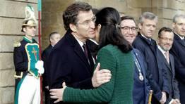 Ceremonia de traslaci�n de los restos del Ap�stol. Pilar Rojo saluda a Feijoo, presidente de la Xunta. FOT�GRAFO: SANDRA ALONSO