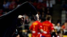 El seleccionador esloveno, Boris Denic, se lamenta durante el partido. FOTÓGRAFO: MARKO DJURICA | Reuters