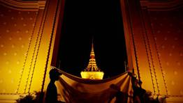 Vista del palacio real de Camboya durante los preparativos del funeral en honor del antiguo rey Norodom Sihanouk, fallecido en octubre. FOT�GRAFO: DAMIR SAGOLJ | Reuters