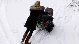 Luchando con la nieve en Toronto FOT�GRAFO: HYUNGWON KANG