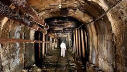 Uno de los t�neles de las minas de Kilembe en Uganda FOT�GRAFO: JAMES AKENA   Reuters