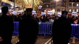 Protestas en las sedes del PP de toda Espa�a. Dispositivo de seguridad. FOT�GRAFO: Angel D�az | EFE