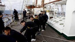 Alumnos durante una maniobra general FOTÓGRAFO: Armada