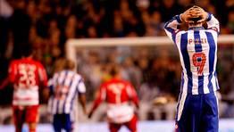 El Granada gole� al Deportivo (0-3) en su visita a Riazor. FOT�GRAFO: CESAR QUIAN