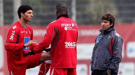 De la mano de Paci�ncia lleg� al Deportivo el central brasile�o Kak�, con quien ya coincidiera en Braga. FOT�GRAFO: HELENA VALENTE