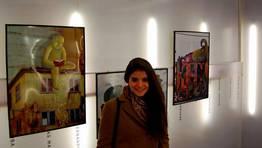 La joven Elisa González expone como parte del proyecto Panifícate, ¿e ti que farías coa Panificadora? FOTÓGRAFO: CEDIDA
