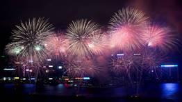 Fuegos artificiales en Hong Kong para celebrar en a�o nuevo chino. FOT�GRAFO: TYRONE SIU | Reuters