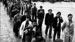 Peregrinaci�n a Santiago de Compostela de alumnos de la Escola de Maestr�a Industrial de Viveiro con motivo del Ano Xubilar 1976 FOT�GRAFO: CEDIDA POR NESTOR TIMIRAOS