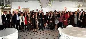 En el Hotel R�as Altas se celebr� un homenaje a la periodista Lola Roel con motivo de su jubilaci�n