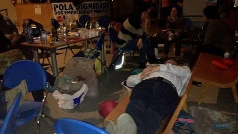Funcionarios Pasan La Noche Encerrados En Oficinas De La Xunta