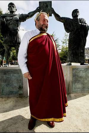 El alcalde de Lugo vestido de senador romano OSCAR CELA