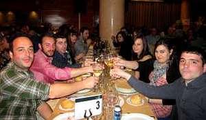 El buen ambiente y la camarader�a rein� en todas las mesas
