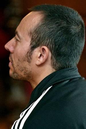 El acusado, en la Audiencia de Pontevedra CAPOTILLO