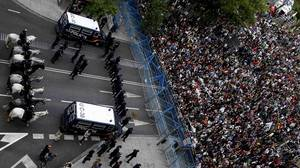 ANDREA COMAS / Reuters