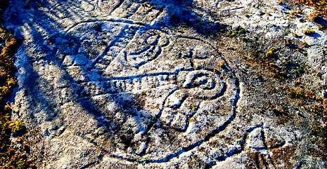 Al petroglifo de Chao dos Petos de Oleiros se le atribuye una antigüedad superior a los 4.000 años.