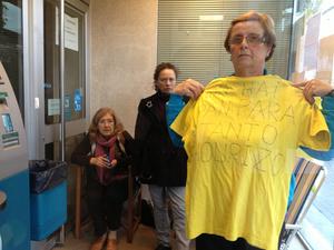 A la protesta se han sumado ya siete personas . Monica Torres