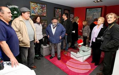 Lino silva se presenta en casa por navidad - Mueblerias en ourense ...