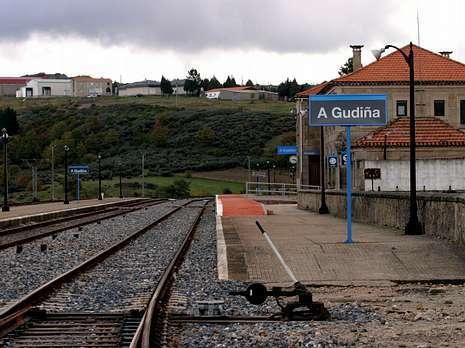 gudiña estación