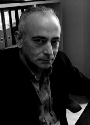 El editor Gonzalo Canedo.