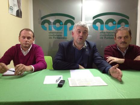 ...dirigentes de Acip con Carrera esta tarde Luis Carlos Llera
