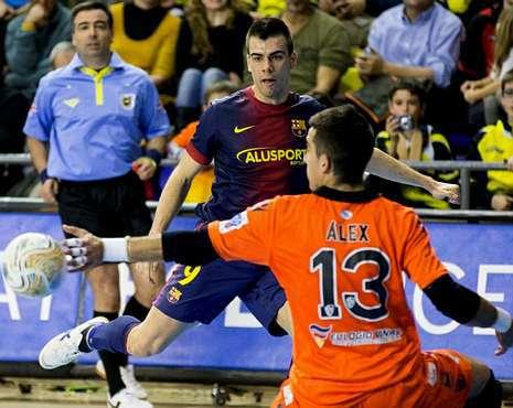 El Santiago Futsal tuvo más ocasiones de gol que el Barcelona, pero falló en la definición.