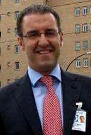 Mario Gonz�lez dirige el Servet.