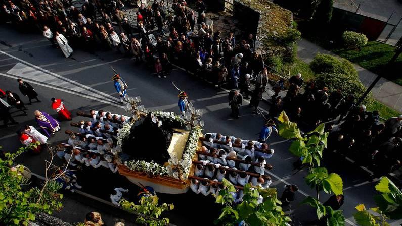 Procesión de Nuestra Señora de la Soledad (Os Caladiños). CESAR QUIAN
