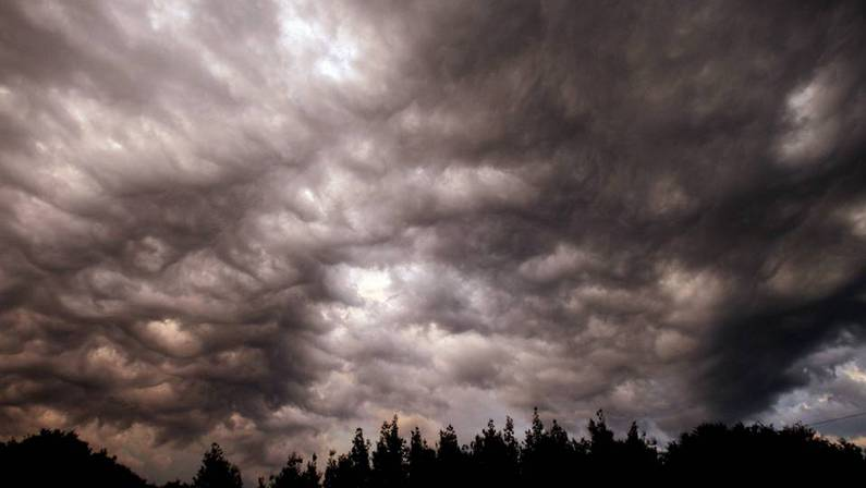 Nubes de tormenta en Santiago XO�N A. SOLER