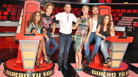 Jes�s V�zquez, junto a Tania Llasera y los cuatro �coaches� de �La Voz�. Telecinco.es