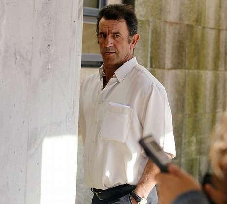 Evaristo Iglesias auxili� a Garz�n tras el accidente.