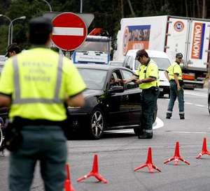 Primer detenido en España por lanzar avisos de controles de tráfico a través de WhatsApp G5P22F1