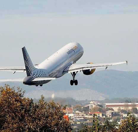 El traslado a Santiago del vuelo a Ámsterdam fracasa